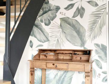 Wandmalerei mit Blumen
