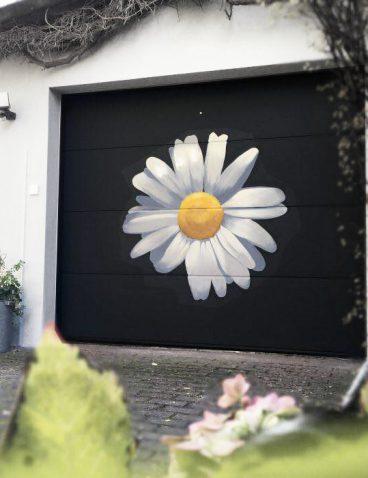 Malerei am Garagentor